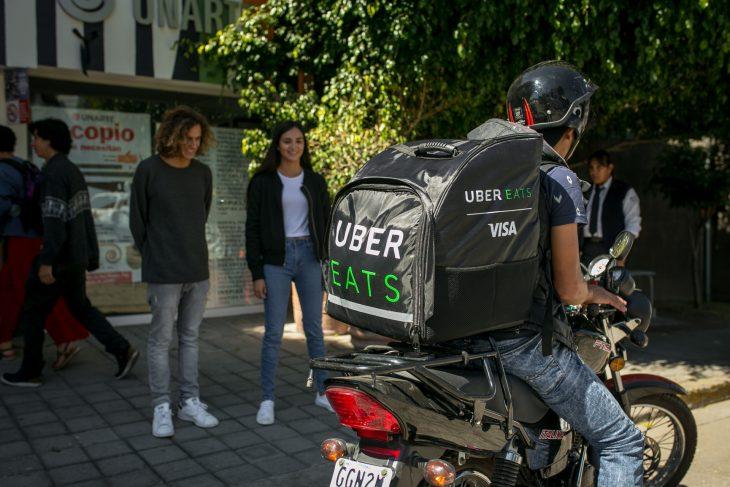 5 momentos en los que necesitas Uber Eats